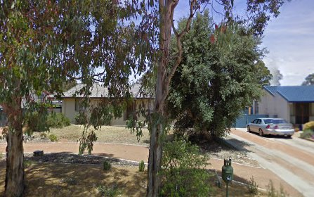 64 Harrington Cct, Kambah ACT