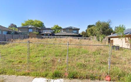 8 Meadow Crescent, Mount Waverley VIC