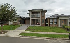 19 PARKWAY AVE, Glenmore Park NSW