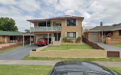8 Phoenix Crescent, Casula NSW