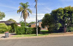 33 Lawford Crescent, Griffith NSW