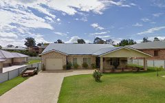 5 Settlers Place, Young NSW