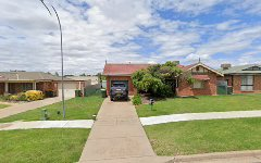 16 Yentoo Drive, Glenfield Park NSW