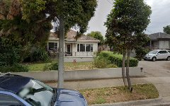 6 Clydebank Road, Essendon West VIC