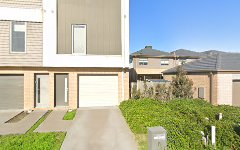 8 Barncroft Crescent, Keysborough VIC