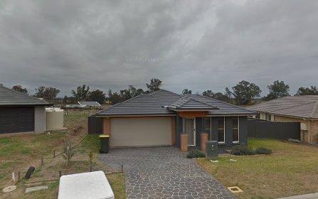 5 Regal Park Drive, Tamworth NSW
