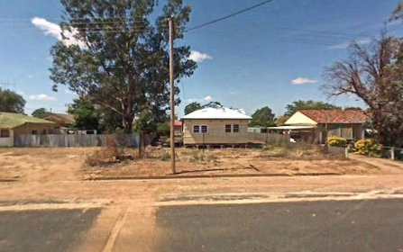 13 Algalah Street, Narromine NSW