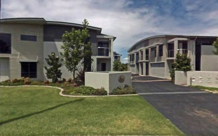 2/2 Port Stephens St, Tea Gardens NSW 2324