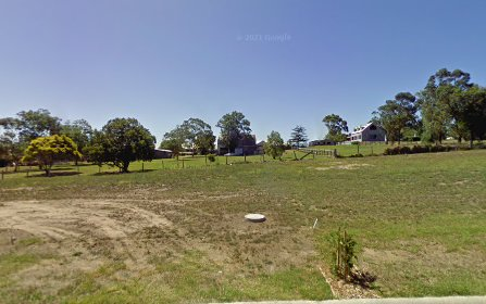 33 Laurie Drive, Raworth NSW