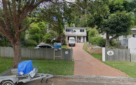 10 The Crescent, North Narrabeen NSW
