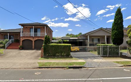 70 Station St, Fairfield Heights NSW 2165