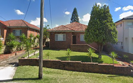 3 Robertson Cr, Mount Lewis NSW 2200