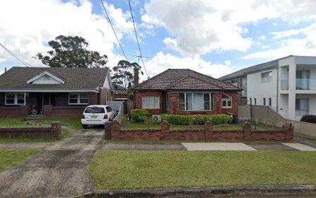 8 Joan St, Hurstville NSW 2220