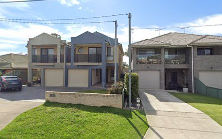 3A Eileen St, Picnic Point NSW 2213