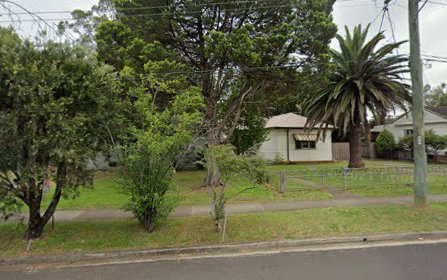 14 Belmont Rd, Glenfield NSW 2167