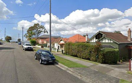 At Woids Avenue, Carlton NSW