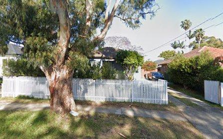 207 Oak Road, Kirrawee NSW