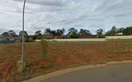 1 Salvanza Crescent, Griffith NSW