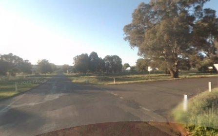 4 Carool Road, Cootamundra NSW