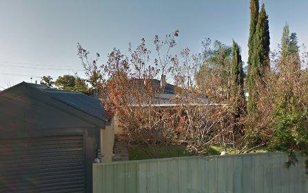 82 Railway Street, Turvey Park NSW 2650