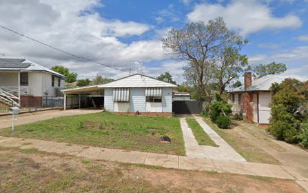 55 Phillip Avenue, Mount Austin NSW 2650