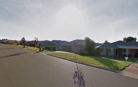 34 Kaloona Drive, Glenfield+Park NSW