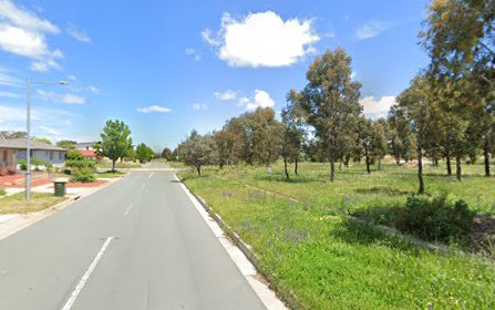 75 Elizabeth Jolly Crescent, Franklin ACT