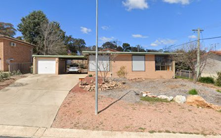 4 Seaver Place, Monash ACT