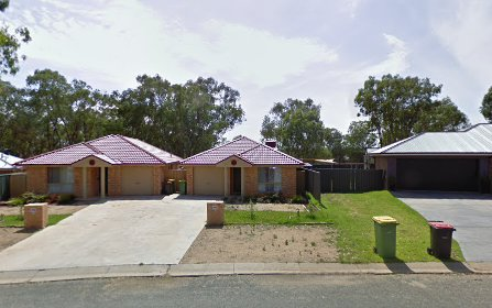 2/82 Hotham Circuit, Thurgoona NSW