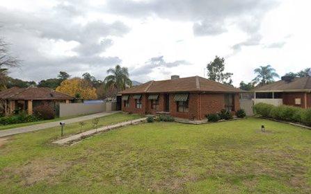 18 Yellow Gum Way, Thurgoona NSW 2640