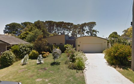 1 Norfolk Rd, Mount Martha VIC 3934