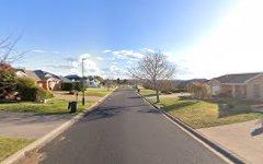73 Douglas Court, Kelso NSW