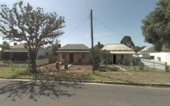 8 Warren Street, Cootamundra NSW