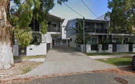 52 Dutton Street, Hawthorne QLD