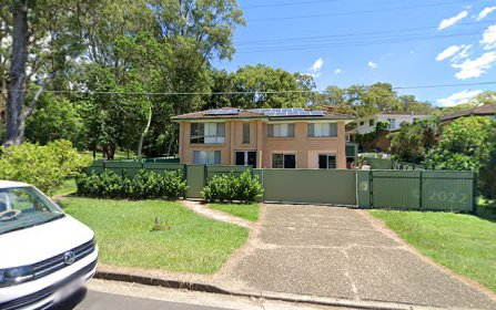9 Twelfth Avenue, St Lucia QLD 4067