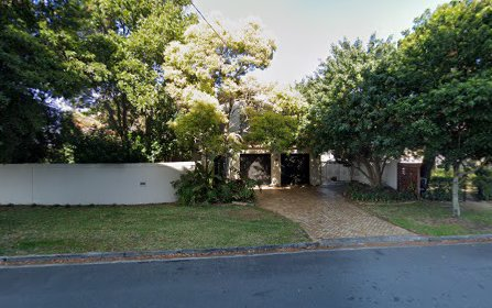 6 Chester Tce, Southport QLD 4215