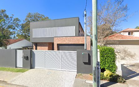 13 Greer Tce, Southport QLD 4215