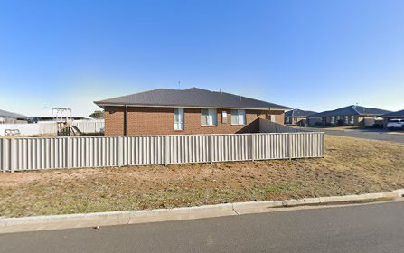 12 Hallaran Way, Orange NSW