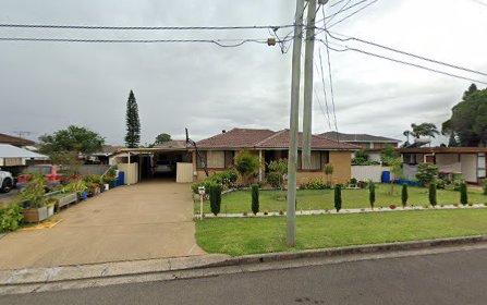 4 Tyrell Cr, Fairfield West NSW 2165