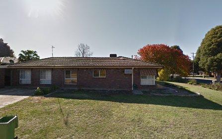 12 Gregory Crescent, Lake Albert NSW